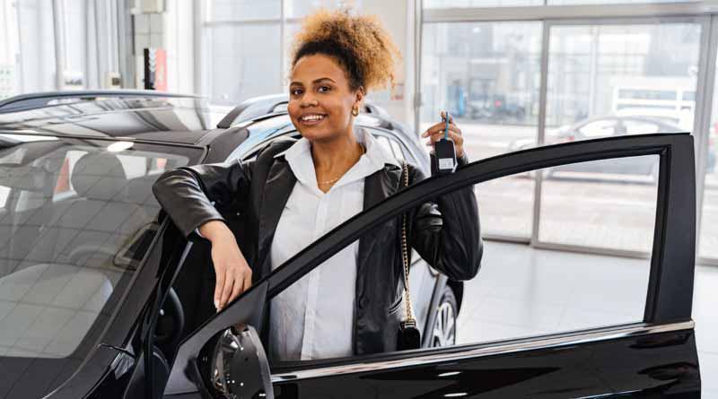Jak wygląda zakup nowego samochodu w salonie?